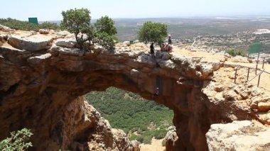 Female rock climber — Stock Video