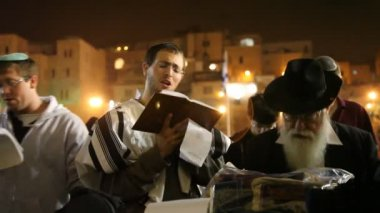 Slihot at the Western Wall, Jerusalem — Stockvideo