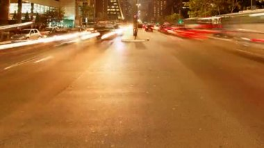 Avenida Paulista night traffic time lapse Sao Paulo Brazil — Stock Video #21805625