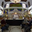Believers pray afternoon prayer in Bushaief Synagogue — Stock Video