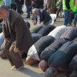 Muslim leaders with Sheikh Kamal Khatib pray during commemoration of Land Day — Stock Video #23083034