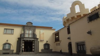 The Nestor Museum (Museo Nestor) in Las Palmas de Gran Canaria — Stok video