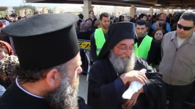 Greek Orthodox priest holds the pigeon of peace, Holy Land Israel — Stock Video
