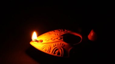 Olive oil clay ancient lantern lamp - flame in motion — Stock Video