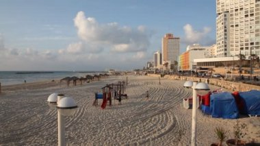 Skyline of Tel Aviv Israel beach shoreline — Stock Video
