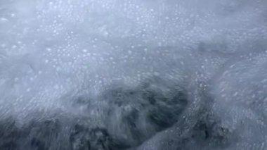 Bubbling stream — Stock Video