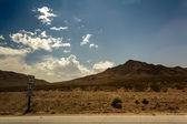 пустыни, горы, небо — Стоковое фото