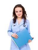 Porträt des jungen arzt oder sanitäter mit zwischenablage und stethoskop — Stockfoto