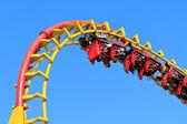 Rollercoaster jazdy — Zdjęcie stockowe