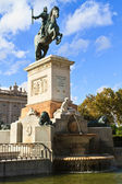 Madrid Plaza de Oriente, Statue of Felipe IV. Madrid, Spain — Stock Photo