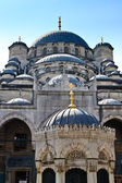 Istanbul - Yeni Mosque, New Mosque or Mosque of the Valide Sultan — Stock Photo