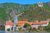 Durnstein on the river danube (Wachau Valley), Austria — Stock Photo