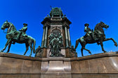 Vienna - Empress Maria Theresia Monument — Stock Photo