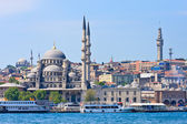 Istanbul New Mosque and Ships, Turkey — Stock Photo
