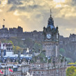 Edinburgh Castle and Balmoral Clock Tower at Dusk, Scotland — Stock Photo #14670143