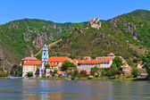 Durnstein on the river danube (Wachau Valley), Austria — Stock Photo