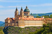 Melk - famosa abadía barroca (melk stift), austria — Foto de Stock