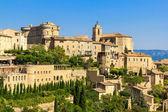 Středověká vesnice gordes v jižní francii — Stock fotografie