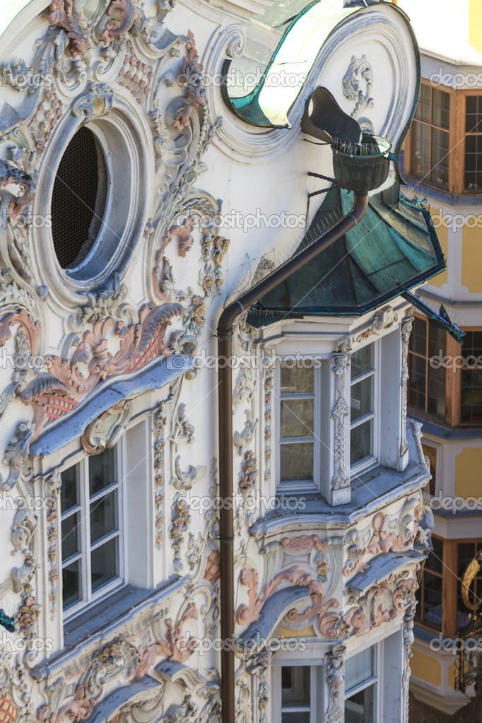 Facciata della casa stile barocco tirolese foto stock - Casa stile barocco ...