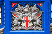 Tower Bridge details of iron crest coat of arms, London, UK — Stock Photo