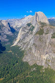 Yosemite Valley Panorama with Half Dome, California — Stockfoto