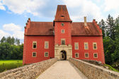 Red water chateau Cervena Lhota in Southern Bohemia, Czech Repub — Stock Photo