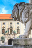 Munich, Bavarian Lion Statue in front of Feldherrnhalle, Bavaria — Stock Photo