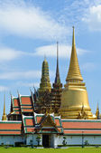 Thai temple in the Grand Palace — Стоковое фото