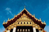 Front of Mable temple with sky — Stockfoto