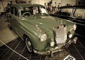Mercedes-Benz 220A — Stock Photo