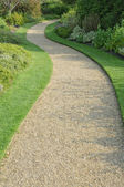 English garden gravel path — Stock Photo