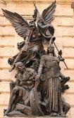 скульптура, символизирующий войны — Стоковое фото