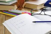 Podręcznik z piórem — Zdjęcie stockowe