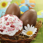 Easter cake and chocolate easter eggs — Stock Photo