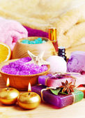 Spa setting with natural soap and sea salt — Zdjęcie stockowe
