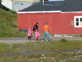 Greenlandic family — Stock Photo