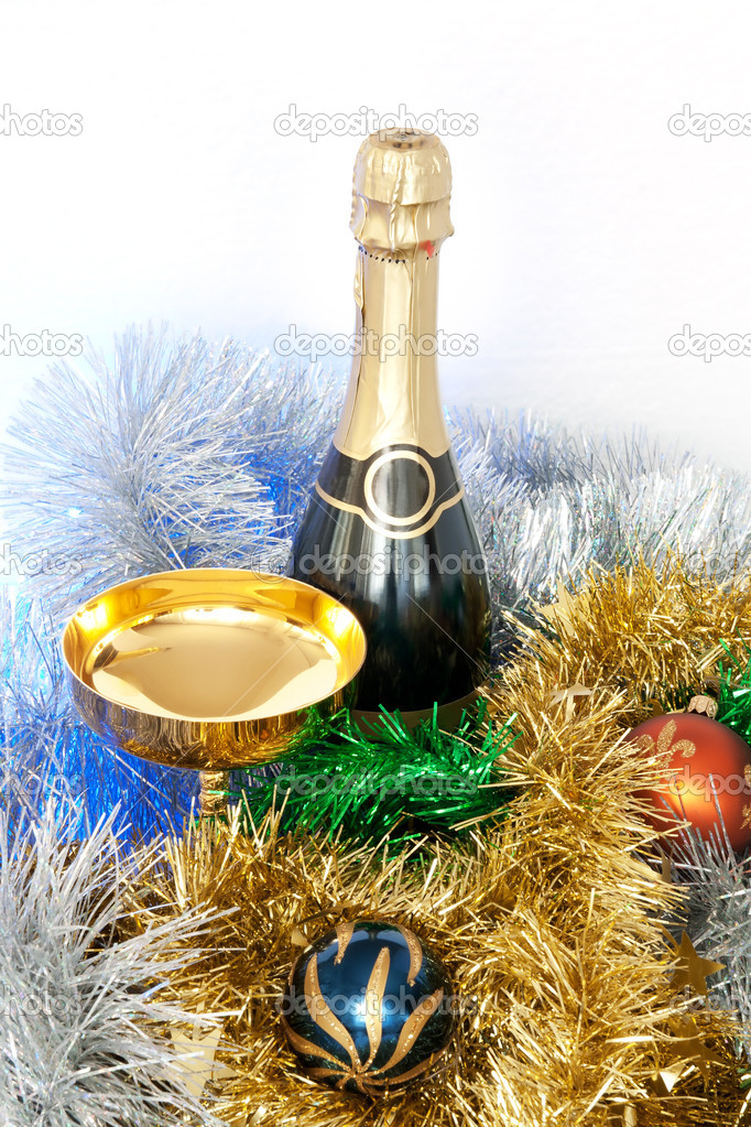Christmas and New Year celebration. New Year's Champagne. — Stock Photo #14606431
