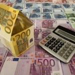 Euro hanging on clotheshorse — Stock Photo #19625727