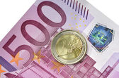 Euro coin and banknote — 图库照片