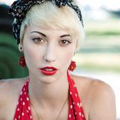 Sensual retro girl — Stock Photo