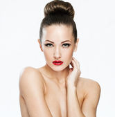 Portait of sexy young lady with beauty face and clean face skin — Stock Photo