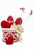 手編み、かぎ針編みを白で隔離されるオブジェクトのセット — ストック写真