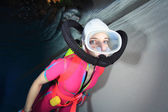 女性のスキューバ ダイバー — ストック写真