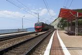 The approaching train Tuapse - Adler — Stock Photo