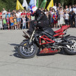 Alexei Kalinin motorcycle show in village Verhovazhe Vologdregion — Stock Photo #31019847