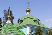 Domes Church of the Nativity of the Virgin in settlement Lazarevskoye, Sochi, Russia — Stock Photo
