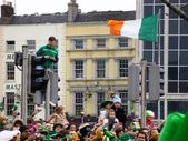 St. Patrick's Day crowds in Dublin, Ireland — Photo