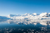 Impressionnant paysage marin en antarctique — Photo