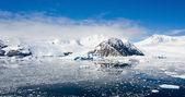 Paradies-bucht in der antarktis — Stockfoto