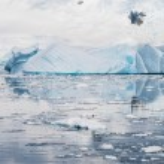 Deffirent forms of icebergs, Antarctica — Stock Photo